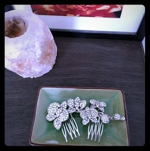 Accessories - Orchid Crystal Hair Comb